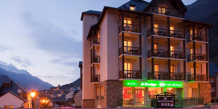 hotel montaigu in Luz St sauveur Pyrenees
