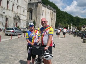 Marilyn & Dick cycling in the Dordogne