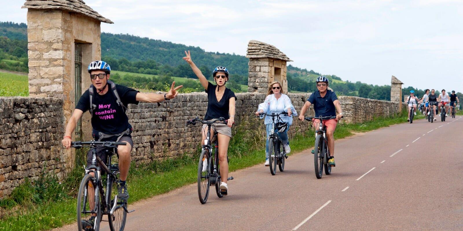 Fun bike tour in Burgundy